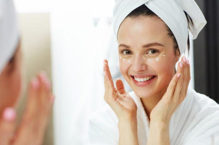 Urutan penggunaan skin care wajah yang benar dan sesuai aturan