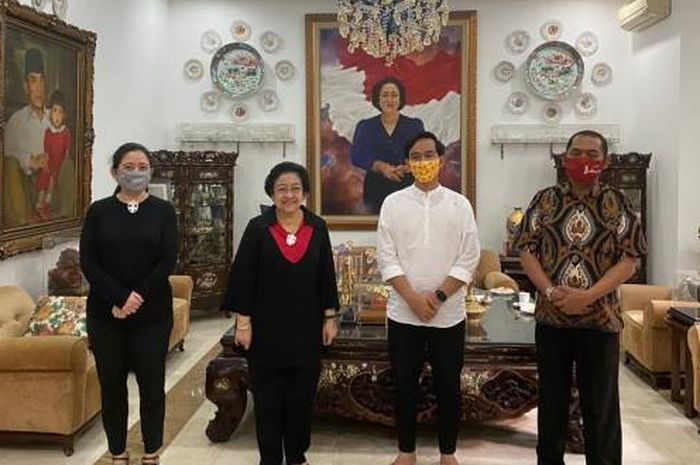 Gibran berkunjung ke rumah Megawati.