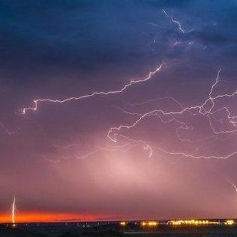 Prakiraan Cuaca 3 Oktober 2020: Waspada Cuaca Ekstrem di 8 Wilayah Ini