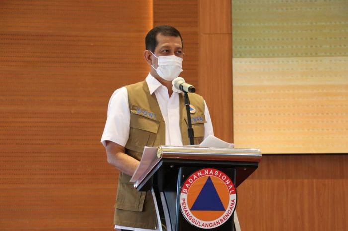 Kepala Badan Nasional Penanggulangan Bencana Letjen TNI Doni Monardo memberikan paparan dalam  peringatan Puncak Bulan PRB 2020.